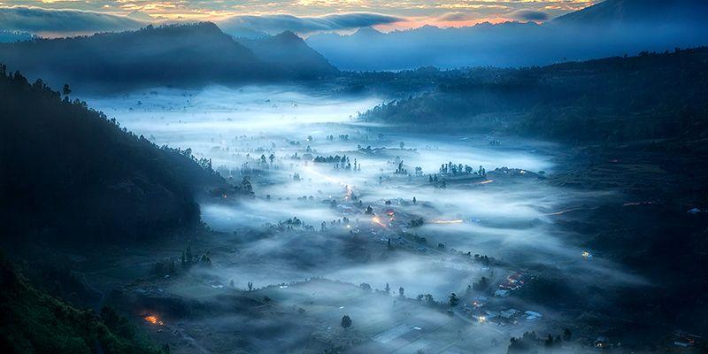 Погода Бали в горах туманным утром